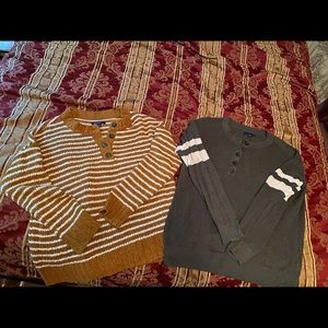 Two great American Eagle women's fall sweaters S/M